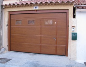 porte-garage-faux bois-portillon