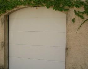 porte-garage-sectionnelle-lisse